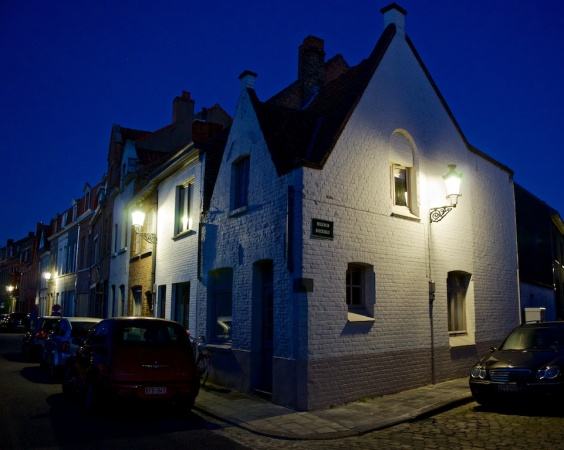 Night time in Bruges.