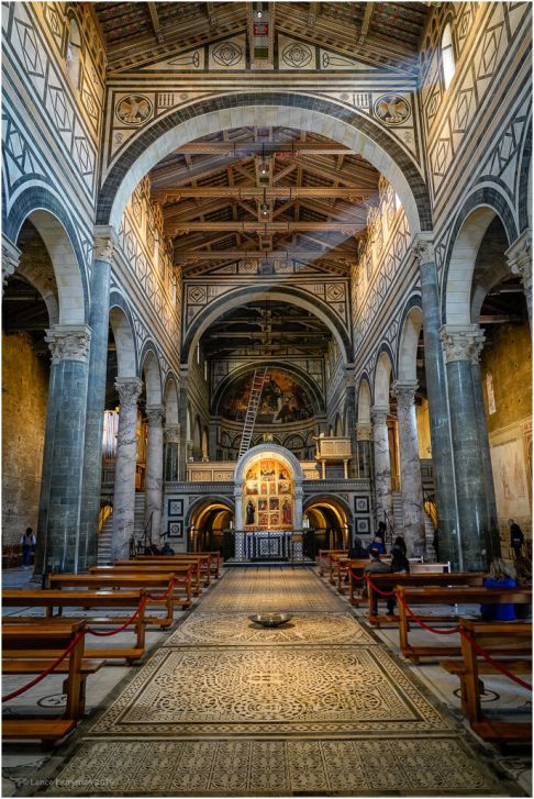 An amazing church, well worth a visit while in Firenze, just behind the Piazza Michelangelo.