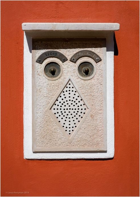 Happy Doorbell