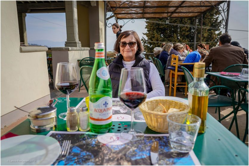 Fattoria Maiano is about a 2.5k walk from Fiesole, we have stayed there on many ocassions, this time however, only a quick lunch.