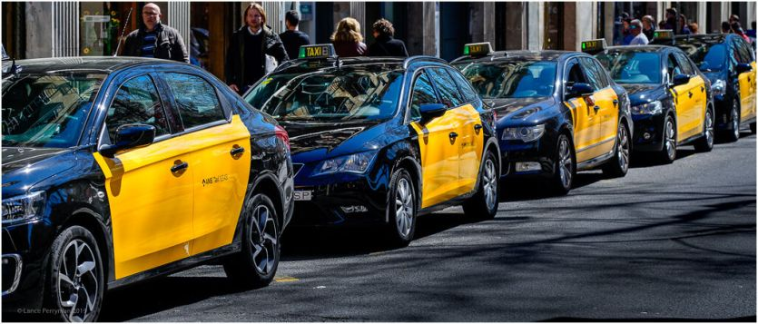 Black and yellow became the official colour of the taxis in the late 20's to prevent illegal cars and other unfair rates.